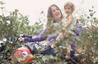 Cass & daughter Owen Vanessa in 1968
